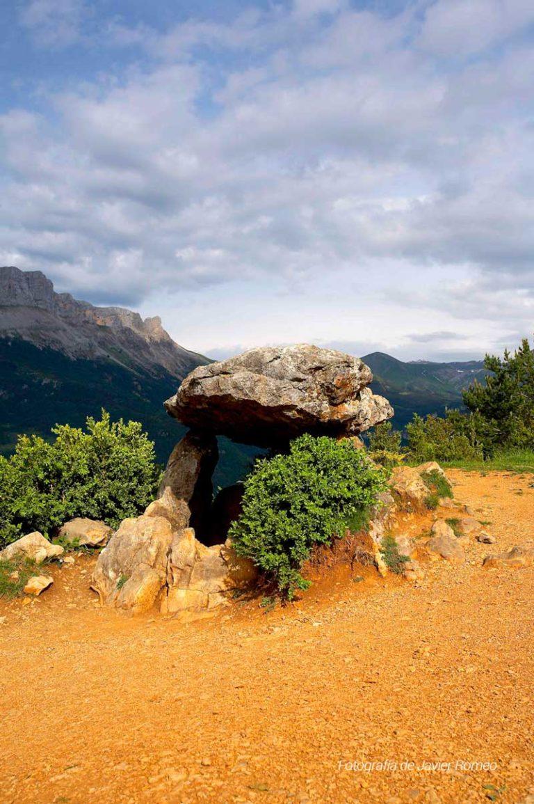 tella-dolmen-2