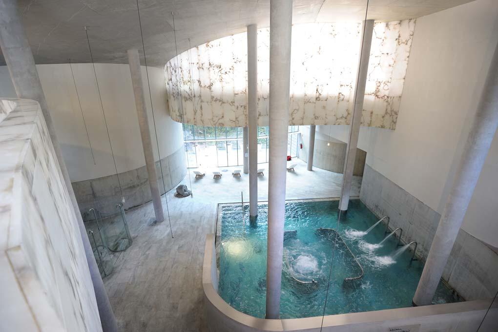 piscina-interior-balneario