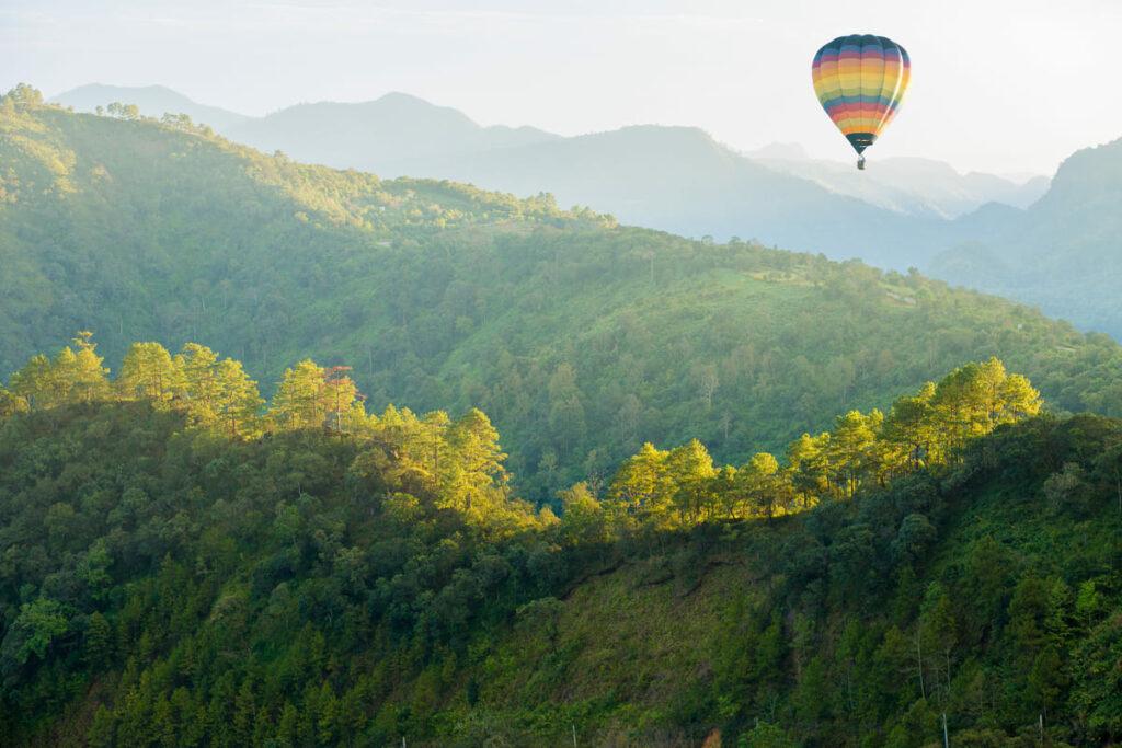 Razones por las que viajar en globo por Aragón