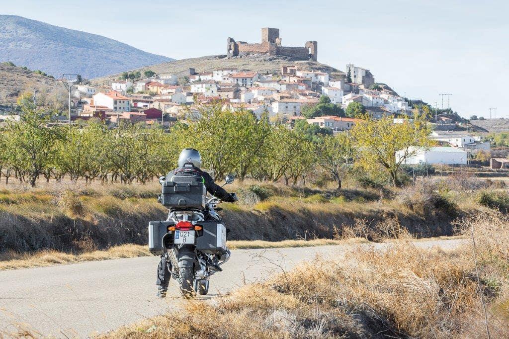 Viajar en moto por Aragón